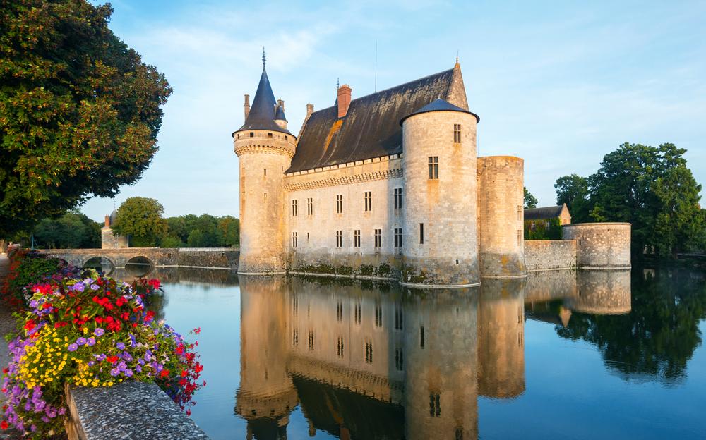 Zamki nad Loarą: zamek w Sully-sur-Loire